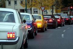21-Mustangs-in-Kolonne